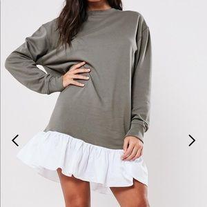 Sweater dress with ruffles